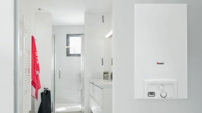 Opalia badverwarmer in badkamer